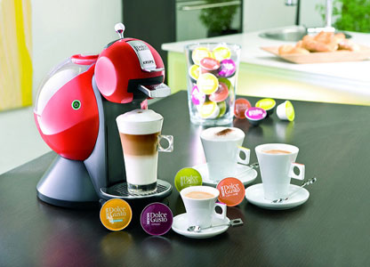 cafetera dolce gusto roja